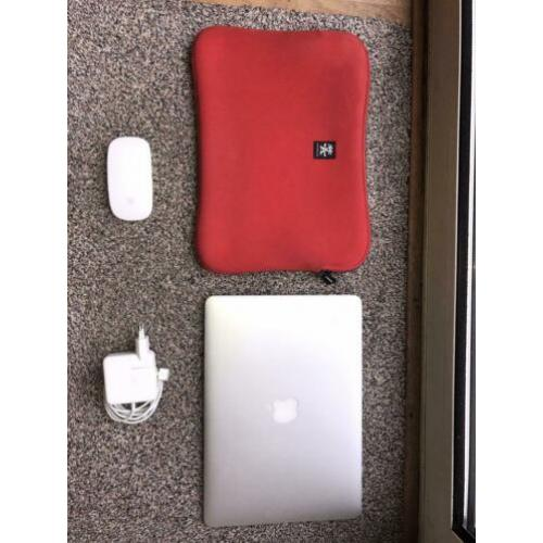 MacBook Air (mid 2013) 13 inch, 256GB SSD