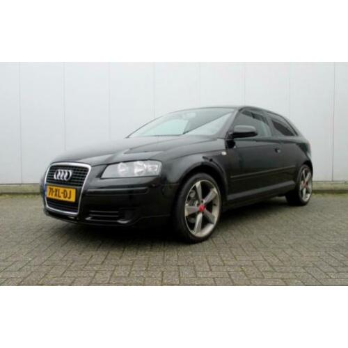 Audi A3 1.6 FSI Attraction Pro Line Business